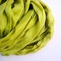 """""""tavaszi zöld"""" selyemsál , Ruha, divat, cipő, Női ruha, Selyemfestés, Kellemes, lágy zöld a klasszikus tavaszi árnyalatok közül..  Valódi tisztaselyem sál, kb. 40x150 cm..., Meska"""