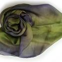 fehér selyemkendő, Ruha, divat, cipő, Női ruha, Selyemfestés, Ismét egy különleges színpáros: zöldbe vegyülő lila.. Valódi tisztaselyem, kb. 90x90 cm.  Nagyon mu..., Meska