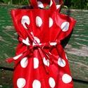 Piros-fehér pöttyös női textil táska vízhatlan anyagból, Piros alapon fehér pöttyös, vízhatlan anyagbó...