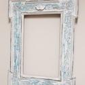Koptatott keretű tükör angyalkával, Bútor, Dekoráció, Otthon, lakberendezés, Képkeret, tükör, Régi keret tükörrel , szerkezetileg javítva és festékel, wax-val felületkezelve.  Mérete: 45 cm szél..., Meska