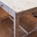 Vintage stílusú konyha asztal, fiókos, Otthon, lakberendezés, Konyhafelszerelés, Bútor, Asztal, Régi elhanyagolt asztal volt amit szerkezetileg rendbe tettem ,hogy további 60 évig szolgálja leendő..., Meska