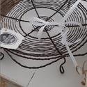 Fekete gyümölcskosár, Konyhafelszerelés, Drótból fonva. Méret: 34 cm átmérő. Elérhető darab: 2 db., Meska