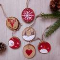 AKCIÓ! Téli hangulat - 6 db kézzel festett karácsonyi dísz, Dekoráció, Karácsonyi, adventi apróságok, Karácsonyfadísz, Karácsonyi dekoráció, Kézzel festett vidám téli képek 5-6 cm átmérőjű fakorongokra.  A korongok mindkét oldala festett, ug..., Meska