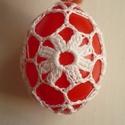 Horgolt húsvéti tojás (piros), Dekoráció, Ünnepi dekoráció, Műanyag tojásokra horgoltam ezt a mintát. A tojás magassága 7 cm.  Buborékos borítékban kül..., Meska