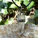 Talizmán - Hegyikristály medál, Ékszer, Medál, Tiffany technikával készült medál.   Ásvány - Hegyikristály  Medál hossza - 5 cm  Az ónozáshoz ólomm..., Meska