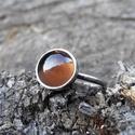 Ezüst Füstkvarc gyűrű, Ékszer, Gyűrű, Füstkvarc (8mm) ezüstbe foglalva.   Ezüstékszereimet hagyományos ötvös technikával, keményforrasztás..., Meska