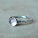 Ezüst Rózsakvarc gyűrű, Rózsakvarc (6mm) ezüstbe foglalva.   Ezüstéksz...