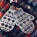 Kesztyű karácsonyi dekoráció, Otthon, lakberendezés, Kesztyű karácsonyi dekoráció, fehér glitteres  Bármilyen színben kérhető, Meska