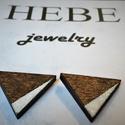 Fa Háromszög alakú fülbevaló fehér glitterrel, Ékszer, Fülbevaló, Fa Háromszög alakú fülbevaló fehér glitterrel 2,5 cm , Meska