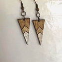 Barna Arany Gyöngyház fülbevaló, Ékszer, Fülbevaló, Barna  Arany gyöngyház háromszög alakú fa fülbevaló Nikkelmentes 1,3 x 3cm, Meska
