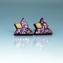 Lila glitteres fülbevaló, Ékszer, Esküvő, Fülbevaló, Lila glitteres fülbevaló 1,5 x 1,2 cm fa, Meska