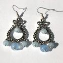 Vízcseppek - kék jade fülbevaló, Ékszer, Fülbevaló, Ékszerkészítés, A fülbevaló kék jade ásványgyöngyökből készült. A gyöngyök mérete: 6, és 8 mm. A fülbevaló hossza 5..., Meska