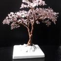 Gyöngyfa lilában, rózsaszínben, Dekoráció, Otthon, lakberendezés, Mindenmás, Dísz, Gyöngyfűzés, 16 cm magas, nem is lila inkább padlizsán üveggyöngyök és rózsaszín flittervirágok alkotják ezt a f..., Meska