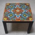 Fekete mozaik asztal, Bútor, Képzőművészet, Otthon, lakberendezés, Asztal, Mozaik, 55x55x45 cm. Szintén beltérre. Az asztalka esetében, ellentétben többi termékemmel, az ár nem tarta..., Meska