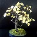 Sárga virágos fácska, Dekoráció, Otthon, lakberendezés, Képzőművészet, Dísz, 17 cm magas. Kis kócos. :-), Meska