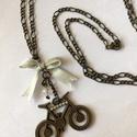 Romantikus kerékpártúra nyaklánc , Ékszer, Nyaklánc, A bicózás szerelmeseinek. Ez az antikolt hatású nyaklánc jól kiegészítheti öltözékünket...., Meska