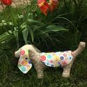 Textilből készült tacskó kutyus, Játék, Játékfigura, Ez a kis lógó fülű kutyus jó minőségű textilekből készült. Flízzel van tömve. Magassága 12-13 cm, ho..., Meska