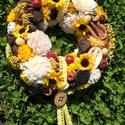 őszi kopogtató napraforgókkal, Dekoráció, Otthon, lakberendezés, Dísz, Egy húsz cm-es cirok alapot borítottam be virágokkal, termésekkel, mely így egy nyár végi, ő..., Meska