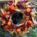 Őszi leveles, Dekoráció, Otthon, lakberendezés, Dísz, Ajtódísz, kopogtató, 25 cm-es cirok alapon különböző nagyságú őszi levelek,termések,bogyók.Igény esetén kisebb..., Meska