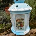 Karácsonyi lámpás , Otthon, lakberendezés, Gyertya, mécses, gyertyatartó, Különleges karácsonyi lámpás. A belsejében 1 tea mécses tartó található. Mérete: 22cm  , Meska