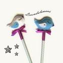 Kék és fehér madárka ceruza szett, Játék, Mindenmás, Ez a két kis madaras ceruza, rajzolni/írni szerető gazdára várnak. A ceruza végén lévő kis figurákat..., Meska
