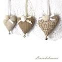 Vintage romantika csengettyűs szívek-Rendelhető, Pamutvászonból varrtam ezeket a kis szíveket, a...