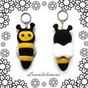 Méhecskés kulcstartó, Mindenmás, Játék, Dekoráció, Kulcstartó, Ez az aranyos, pihe puha méhikés kulcstartó polár anyagból készült. Vidáman csillogó szemei..., Meska