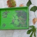 Zöld festett fatálca , Konyhafelszerelés, Tálca, A natúr fatálcát élénk zöld festékkel színeztem, majd decoupage technikával virágmintával..., Meska