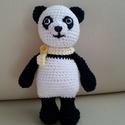 panda maci, Játék, Játékfigura, Horgolás, 18 cm-es, catania fonalból horgolt, allergénmentes (100 % polipropilén) tömőanyaggal töltött kedves..., Meska