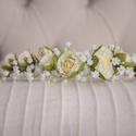 Menyasszonyi hajdísz, Esküvő, Ruha, divat, cipő, Esküvői ékszer, Hajbavaló, Mindenmás, Virágkötés, Drót alapra készítettem , minőségi selyemvirágokból ezt a menyaszonyi hajdíszt.  Koszorúslányoknak ..., Meska