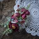 Menyasszonyi hajdísz, Esküvő, Hajdísz, ruhadísz, Műanyag fésűre, minőségi selyemvirágokból készítettem ezt a bordó színű fésűs hajdísz..., Meska