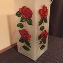 Asztali lámpa - rózsa, Otthon, lakberendezés, Lámpa, Asztali lámpa, A natúr üveglámpa két oldalát festettem meg üvegfestékkel. Minden évszakban virág díszíti..., Meska