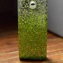Zöld zuhatag, Ékszer, Medál, Zöld csillámport tettem a műgyantába így olyanná vált mint egy zuhatag. , Meska