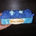 Boldog szülinapot doboz , Dekoráció, Dísz, Mindenmás, Kék árnyalataiból készült habrózsa doboz születésnapra :) Méretei: 18x10x6 cm, Meska