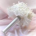 """"""" Csillogás"""" törtfehér gyöngyös örökcsokor menyasszonyi csokor , Esküvő, Esküvői csokor, Virágkötés, Törtfehér szaténból, muszlinból készítettem a virágokat, egyenként minden egyes szirmot, kézzel vág..., Meska"""