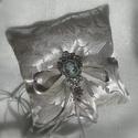 Barok esküvő ezüst szürke gyűrűpárna, Esküvő, Gyűrűpárna, Grafit szürke brokátból készült, barok esküvői gyűrű párna. Közepébe dupla szatén szala..., Meska