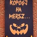 Halloween dekoráció, Halloween dísz, Hallowenn party, dekor, ősz, őszi dekor, Ajtódísz, kopogtató, Dekoráció, Dísz, Kép, Ünnepi dekoráció, Ajtódísz, kopogtató, A/4-es méretű Halloween-es nyomtatott kép, Kartonnal erősítve, akasztó szallaggal. Ajtó Dekoráció  T..., Meska