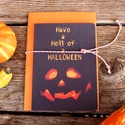 Halloween Képeslap, Halloween Üdvözlőlap, Party Meghívó, Őszi dekor, ajándékkártya, kísérőkártya, Naptár, képeslap, album, Dekoráció, Képeslap, levélpapír, Kép, A/6-os kinyitható Halloween képeslap, borítékkal és ajándék kísérőkártyával.   A6-os kinyitható üdvö..., Meska