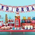 Retro Esküvői dekoráció, Zászlófüzér, Zászló, Banner, Bunting, Esküvő dekoráció, Vintage, Szalag, füzér, piros pöttyös, Esküvő, Dekoráció, Esküvői dekoráció, Nászajándék, Esküvői Zászlófüzér Személyre szólóan a pár nevével, virág Designal, passzoló szatén szalaggal.  9 D..., Meska