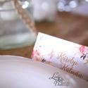 Esküvői ültetőkártya, ültető, Rózsa, Rózsás kártya, virágos ültető, ültetésirend, hely kártya, virágos esküvői dekoráció, Esküvő, Naptár, képeslap, album, Meghívó, ültetőkártya, köszönőajándék, Esküvői dekoráció, Igényes, sátras, két oladalas asztali ültetőkártya  öszzehajtva: kb: 9.2x4.5cm  Egyszeri szerkesztés..., Meska