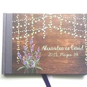 Esküvői Emlékkönyv, Lila levendulás, könyv, rusztikus, bohém, réti virágos, Esküvői vendégkönyv, fényfüzér, pajta, tanya, Esküvő, Naptár, képeslap, album, Nászajándék, Esküvői dekoráció, Esküvői emlékkönyv, vendégkönyv Lila gerinccel és szalaggal  MÉRET: Fekvő A5 Ha szükséges más méret ..., Meska