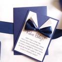 tanú felkérő lap, tanú, vőlegény, fiús, felkérő lap, Örömapa, köszönet, Esküvői Képeslap, sötétkék, csokornyakkendő, Esküvő, Meghívó, ültetőkártya, köszönőajándék, Nászajándék, Tanú felkérő lap A/6, borítékkal.  NÉVRE SZÓLÓ LAP: ** SZÖVEG VÁLTOZTATHATÓ**  * KIVITELEZÉS: - 1old..., Meska