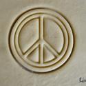 Béke jel sütikiszúró, Egyéb, Férfiaknak, Konyhafőnök kellékei, Saját tervezésű és 3D-nyomtatású  süteménykiszúró forma.  Mérete 6,5 x 6,5 x 1,2 cm.  Anyaga: környe..., Meska