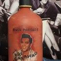 Elvis Presley szódásüveg, Dekoráció, Otthon, lakberendezés, Asztaldísz, Decoupage, transzfer és szalvétatechnika, Festett tárgyak, Krétafestékkel festett, decoupage technikával díszített, matt lakkal kezelt szódásüveg dekorációs c..., Meska