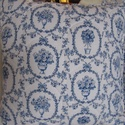 Kék romantika párnahuzat, Dekoráció, Otthon, lakberendezés, Lakástextil, Párna, Varrás, Ezek a párnák bélelt előlappal készültek. Kör alakban steppeltem . Széle körbe rojtozva van ,bevagd..., Meska