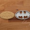 Batman logo sütemény kiszúró forma - (kicsi), Konyhafelszerelés, Baba-mama-gyerek, Fotó, grafika, rajz, illusztráció, Mindenmás, Batman logoját formázó sütemény kiszúró / szaggató forma.  Gyermek szülinapi zsúrokra is ideális, v..., Meska