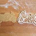 Kawasaki, motor süteménykiszúró forma - Járművek, motor, Konyhafelszerelés, Karácsonyi, adventi apróságok, Férfiaknak, Konyhafőnök kellékei, Járműves sorozatunk következő tagja: kawasaki motort formázó sütemény kiszúró / szaggató forma.    K..., Meska