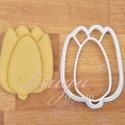 Tulipán formájú sütemény kiszúró forma, Konyhafelszerelés, Baba-mama-gyerek, Tulipánt formázó sütemény kiszúró / szaggató forma  Kb. 6,5 cm magas x 5 cm széles.    A siker érdek..., Meska