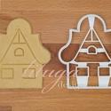 """Mézeskalács házikó sütemény linzer keksz kiszúró forma - havas tetővel, ablakokkal, ajtóval, Konyhafelszerelés, Dekoráció, Ünnepi dekoráció, Karácsonyi, adventi apróságok, Fotó, grafika, rajz, illusztráció, Mindenmás, Mézeskalács házikó kiszúró forma """"hófödte"""" háztetővel, ablakokkal   Kb. 10,5 cm magas és 9 cm széle..., Meska"""