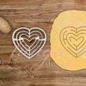 Szív labirintus süteménykiszúró - Szerelem, szeretet, egyedi esküvői sütemény kiszúró Valentin napra, Esküvő, Konyhafelszerelés, Szerelmeseknek, Esküvőre, eljegyzésre, házassági évfordulóra készültök? Legyen a Nagy Nap még emlékezete..., Meska